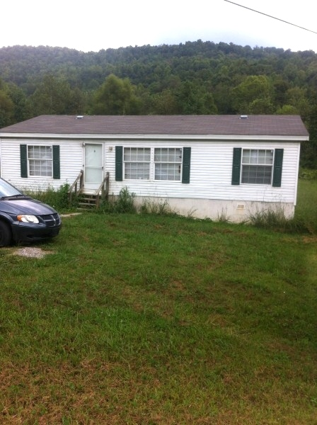 SOLD! 166 McKayla Circle 2005 3 bdrm, 2 baths 28 X 40 dblwd., 1 acre lot located off Kensee Hollow Rd. on McKayla Circle, heat & air, $28,000 Kentucky Real Estate