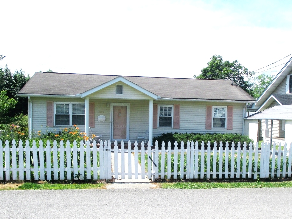 Sold! 324 Front St., Wmsbg |  This home has 2 bdrms, 2 baths, living room, laundry room and an eat-in kitchen