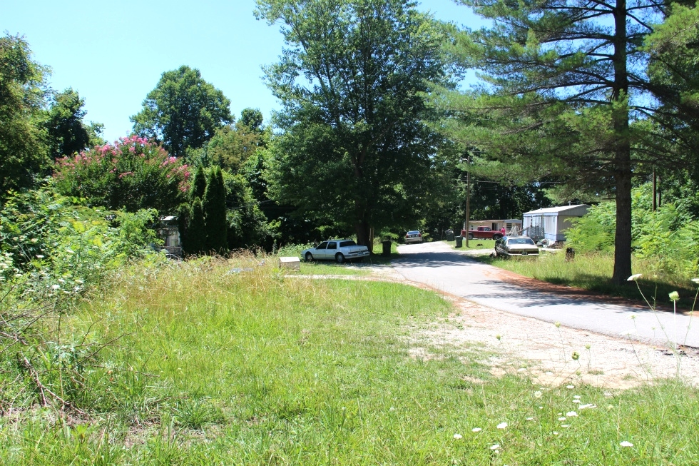 Sold! 140 King Mtn.Rd., Wmsbg | Mobile home park containing 3 acres +/- and owner says it is approved for 7 mobile home sites.  Kentucky Real Estate