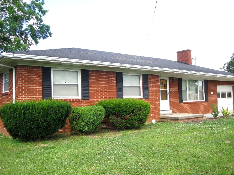 SOLD   108 N. 11th Street. Williamsburg  Brick home in a great location close to Williamsburg City School and Cumberland College Kentucky Real Estate