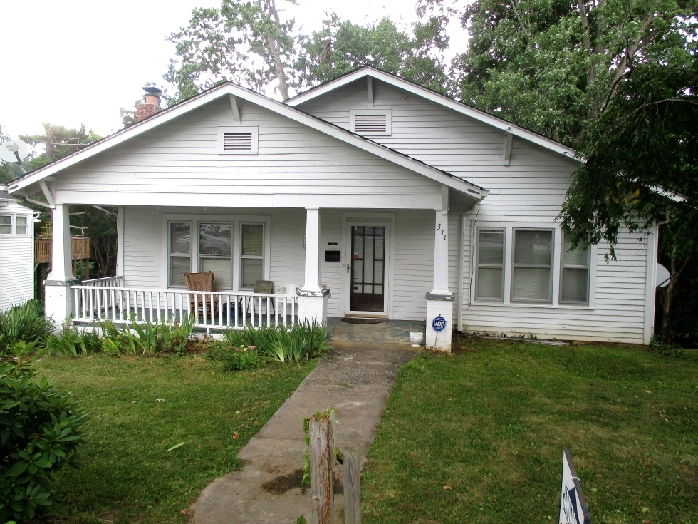 Sold! 331 S. 3rd Street, Williamsburg 1600 sf +/-, located close to the public library downtown Kentucky Real Estate