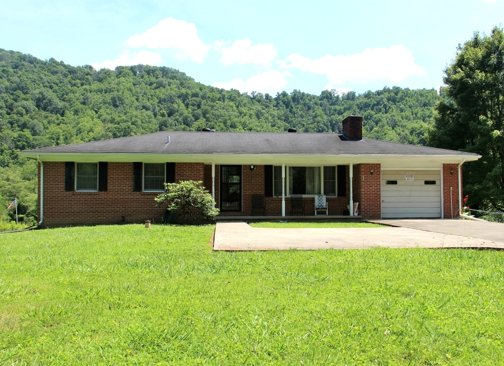 Sold! 724 Hwy 1809, Williamsburg 5 acres +/-, (according to the owner) bordering Goldens Creek  Kentucky Real Estate
