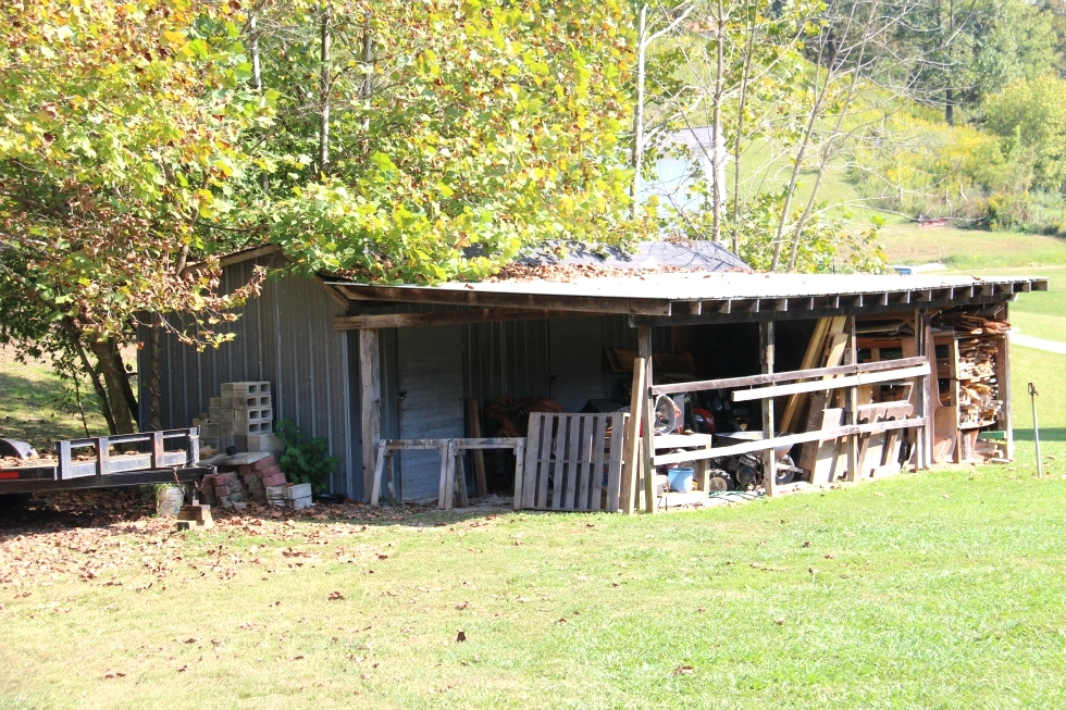 SOLD!  1516 E. Hwy 92, Wmsbg | 6 acres, 28 X 70 Doublewide conveniently located just a couple of minutes from the city limits, Kentucky Real Estate