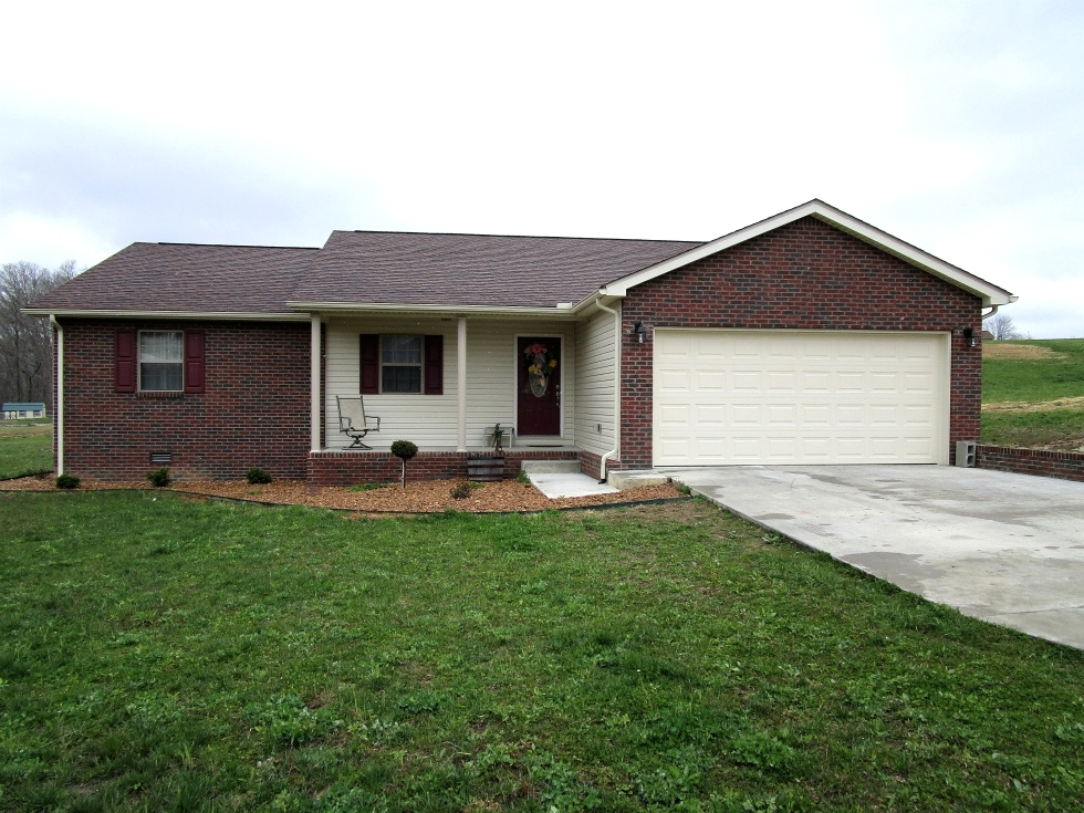 86 Hickory Hill Drive, Corbin, KY   $158,000 REDUCED Kentucky Real Estate