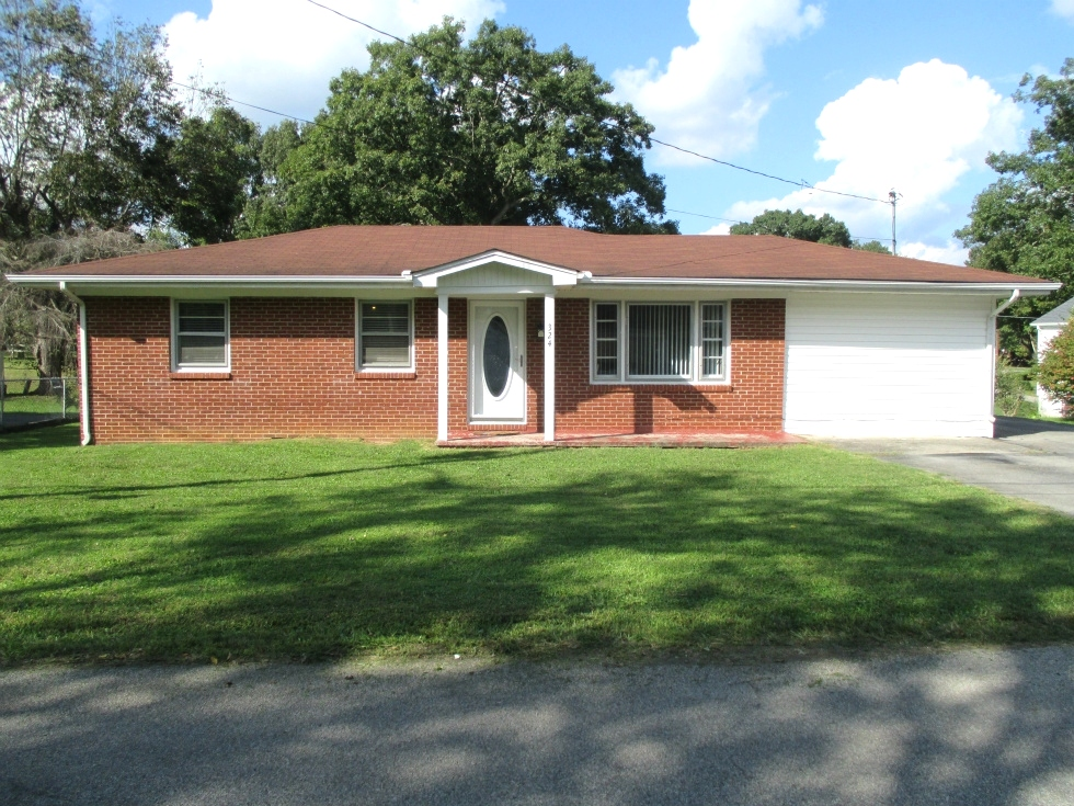 324 Florence Avenue | 3 bedroom, 1.5 baths, convenient location  Kentucky Real Estate
