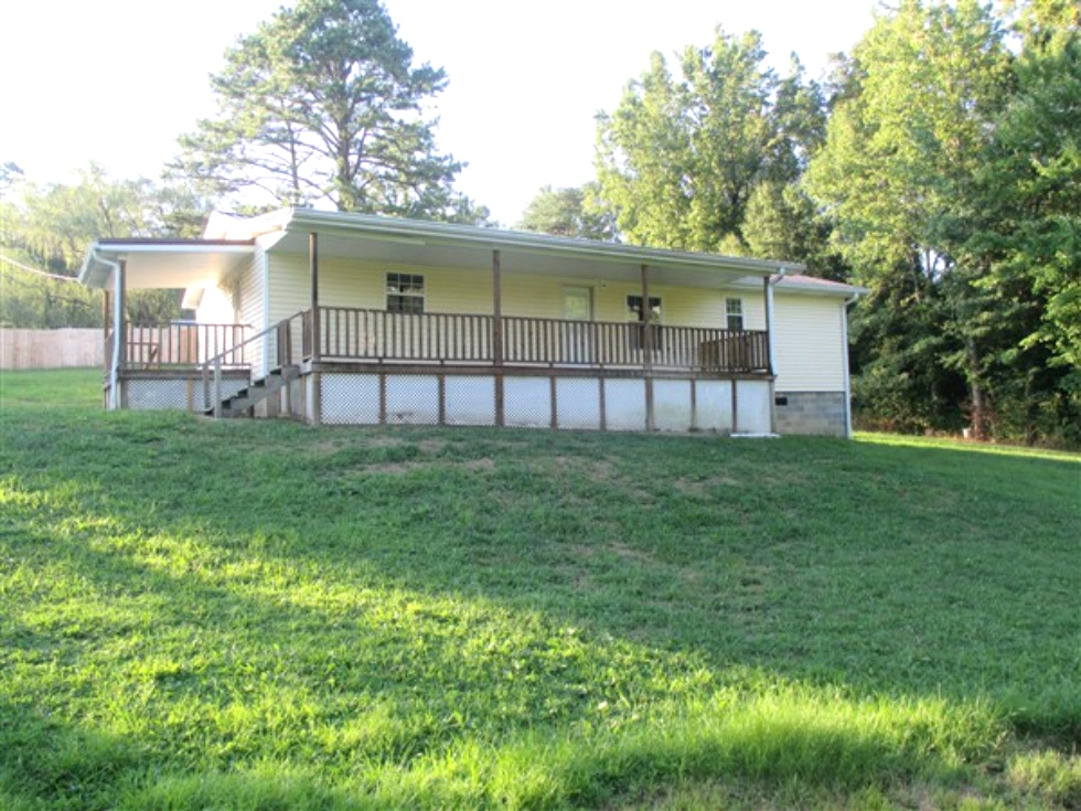 100 Clifton Lively Rd Home For Sale   Newly remodeled 1248 SF +/- vinyl sided one story home on .56 acres +/- that has three bedrooms, two baths