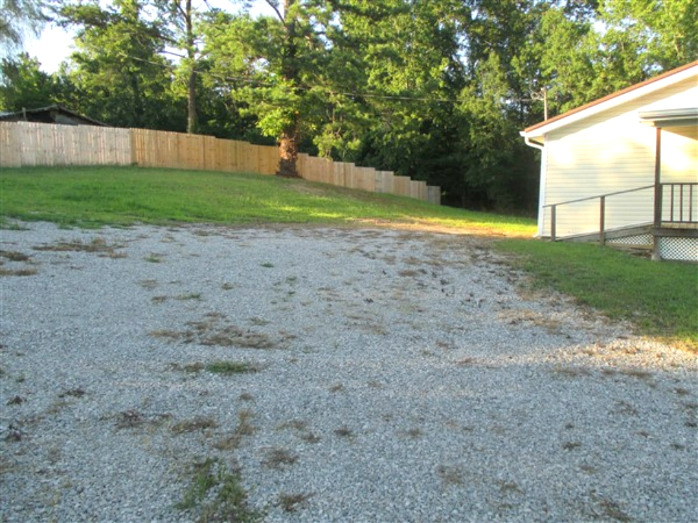 100 Clifton Lively Rd Home For Sale | Newly remodeled 1248 SF +/- vinyl sided one story home on .56 acres +/- that has three bedrooms, two baths